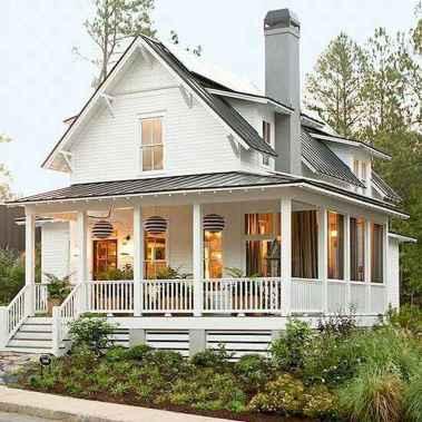 110 Beautiful Farmhouse Porch Decor Ideas (87)