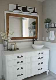 50 Amazing Farmhouse Bathroom Vanity Decor Ideas (37)