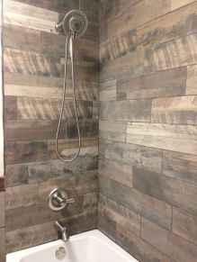 80 Cool Farmhouse Tile Shower Ideas Remodel (76)