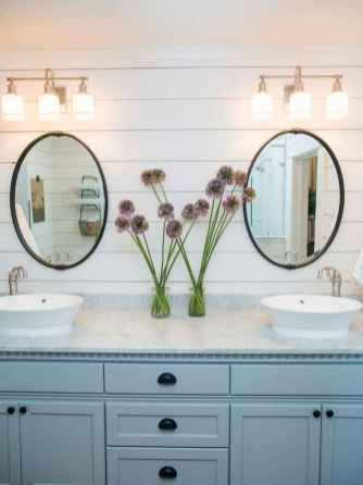 90 Awesome Lamp For Farmhouse Bathroom Lighting Ideas (115)