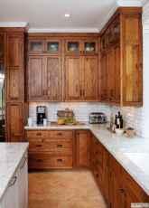 90 Best Farmhouse Kitchen Cabinet Design Ideas (88)
