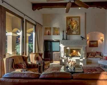 25 Mediterranean Living Room Decor Ideas (4)