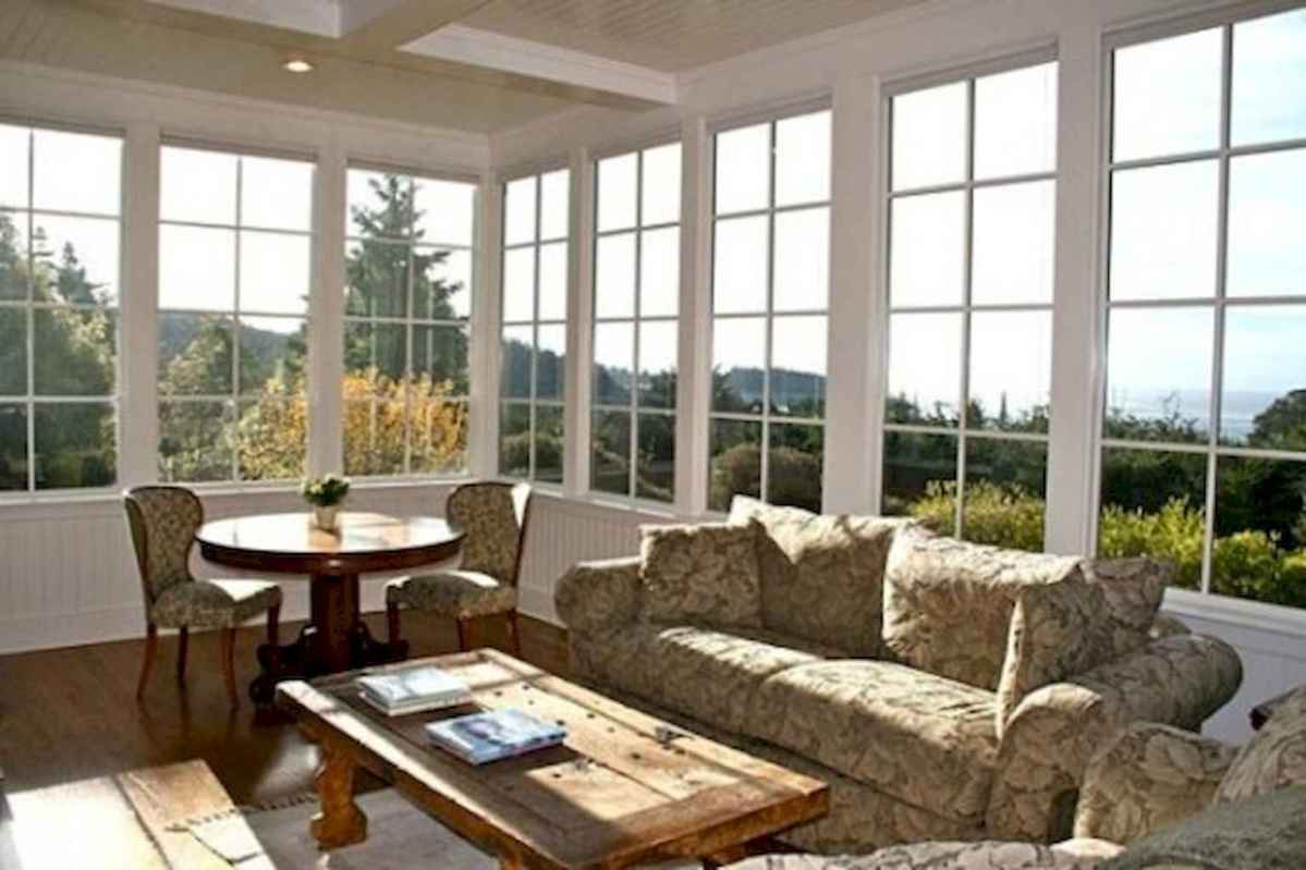 35 Best Farmhouse Sunroom Decor Ideas and Remodel (17)