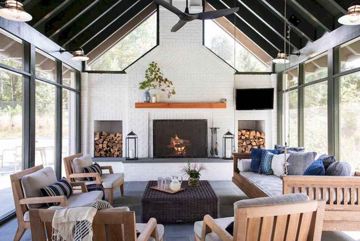 35 Best Farmhouse Sunroom Decor Ideas and Remodel (8)