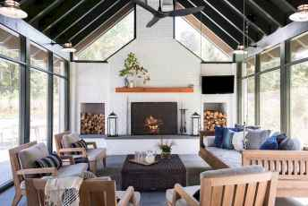 35 Best Farmhouse Sunroom Decor Ideas and Remodel (8)
