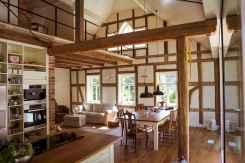 35 Chalet Living Room Decor Ideas (32)