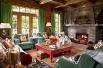 35 Chalet Living Room Decor Ideas (8)