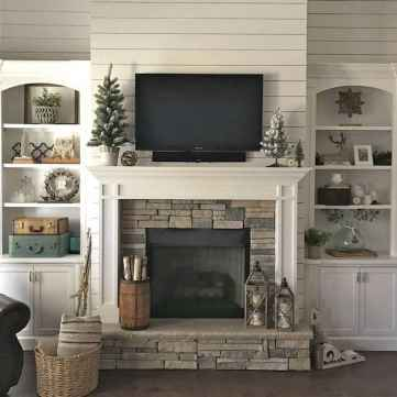40 Awesome Farmhouse Fireplace Decor Ideas and Remodel (16)