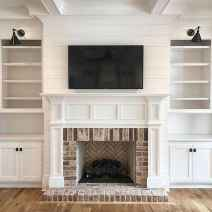 40 Awesome Farmhouse Fireplace Decor Ideas and Remodel (28)