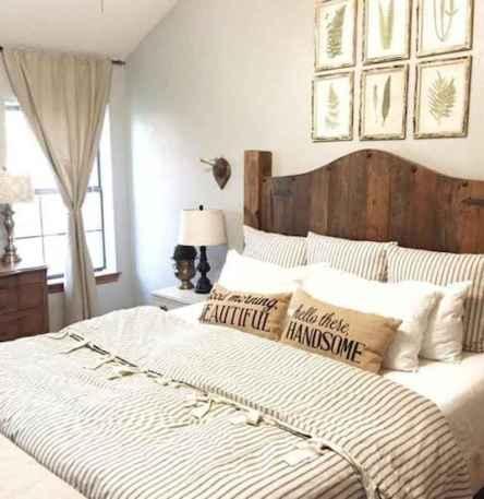 40 Modern Farmhouse Bedroom Decor Ideas and Makeover (12)