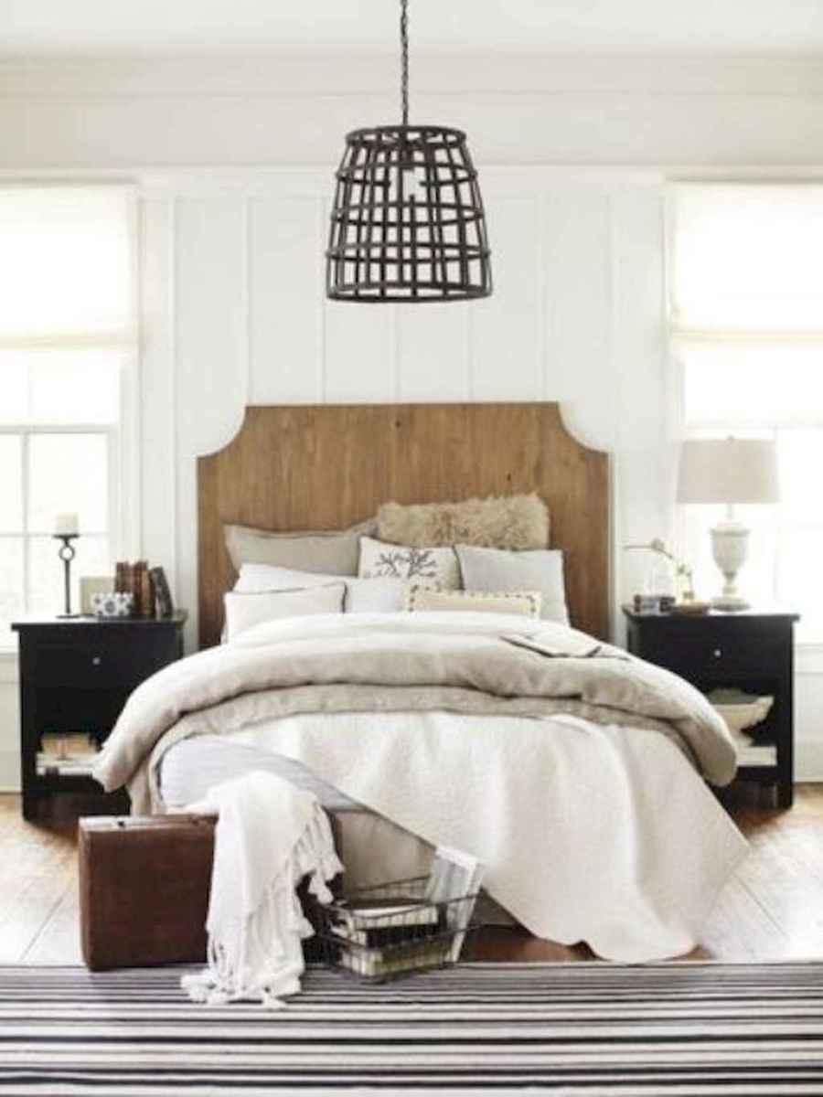 40 Modern Farmhouse Bedroom Decor Ideas and Makeover (37)