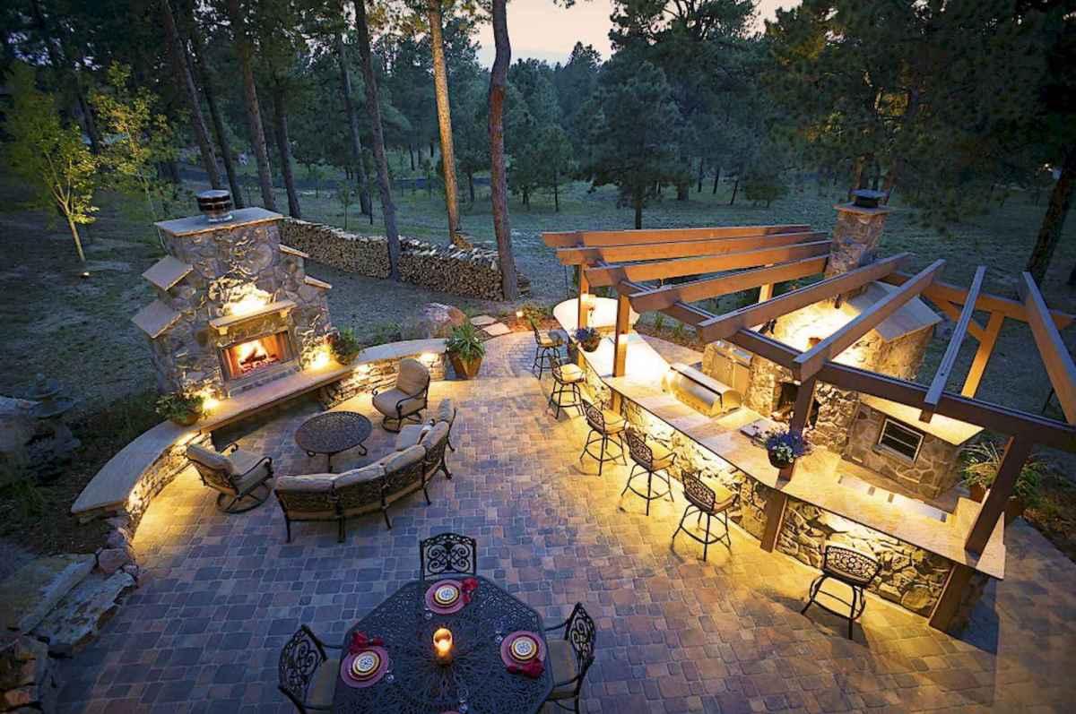 55 Beautiful Backyard Lighting Decor Ideas and Remodel (39)