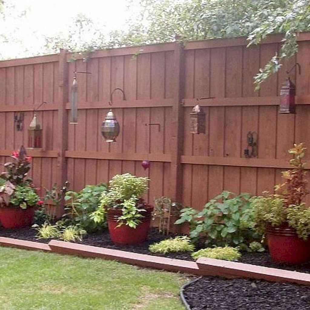 70 Gorgeous Backyard Privacy Fence Decor Ideas on A Budget (61)