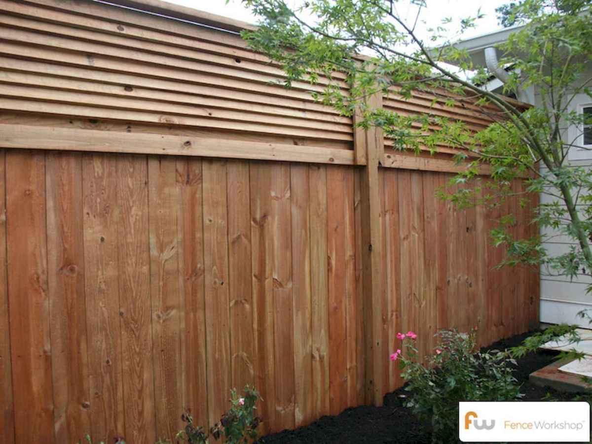 70 Gorgeous Backyard Privacy Fence Decor Ideas on A Budget (66)