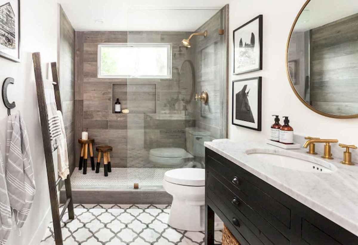 100 Farmhouse Bathroom Tile Shower Decor Ideas And Remodel To Inspiring Your Bathroom (52)