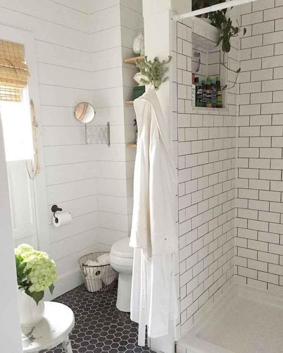 100 Farmhouse Bathroom Tile Shower Decor Ideas And Remodel To Inspiring Your Bathroom (7)