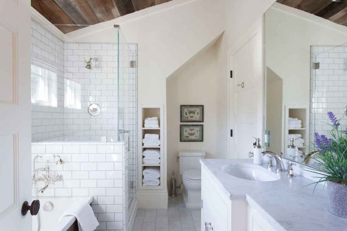 100 Farmhouse Bathroom Tile Shower Decor Ideas And Remodel To Inspiring Your Bathroom (99)