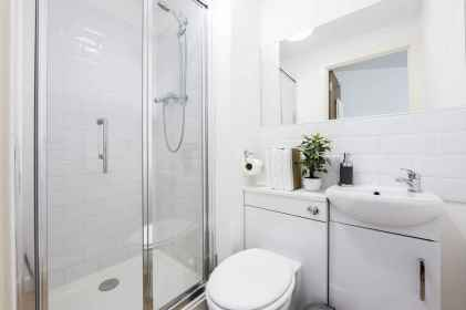 110 Absolutely Stunning Bathroom Decor Ideas And Remodel (62)