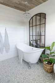 150 Amazing Small Farmhouse Bathroom Decor Ideas And Remoddel (64)