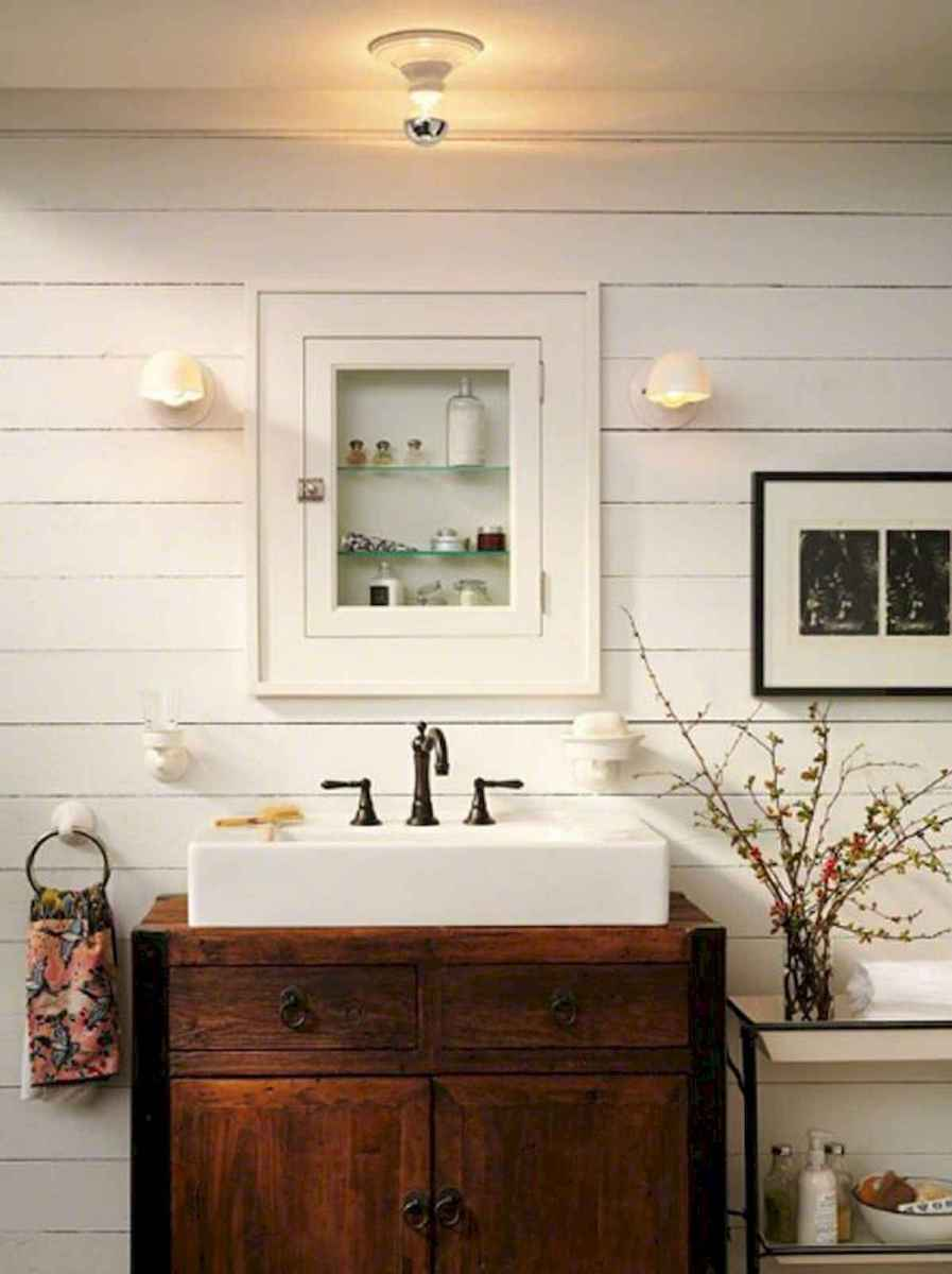 50 Lighting For Farmhouse Bathroom Ideas Decorating And Remodel (31)