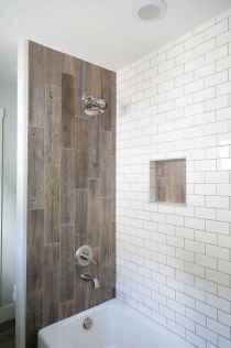 70 Inspiring Farmhouse Bathroom Shower Decor Ideas And Remodel (26)