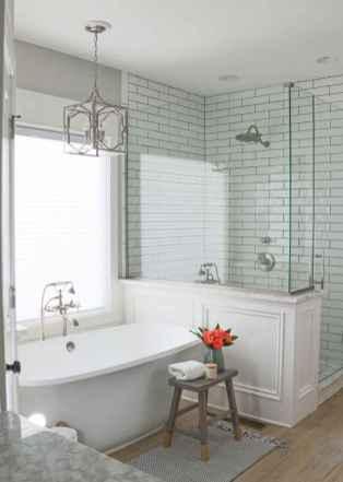 70 Inspiring Farmhouse Bathroom Shower Decor Ideas And Remodel (3)