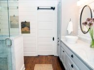 80 Awesome Farmhouse Master Bathroom Decor Ideas And Remodel (3)