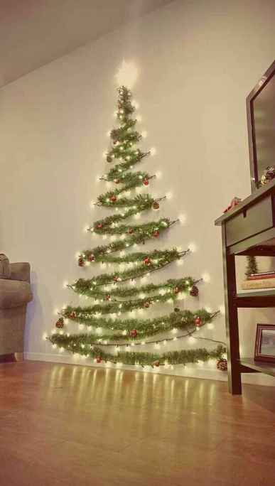 35 Awesome Apartment Christmas Decor Ideas (26)