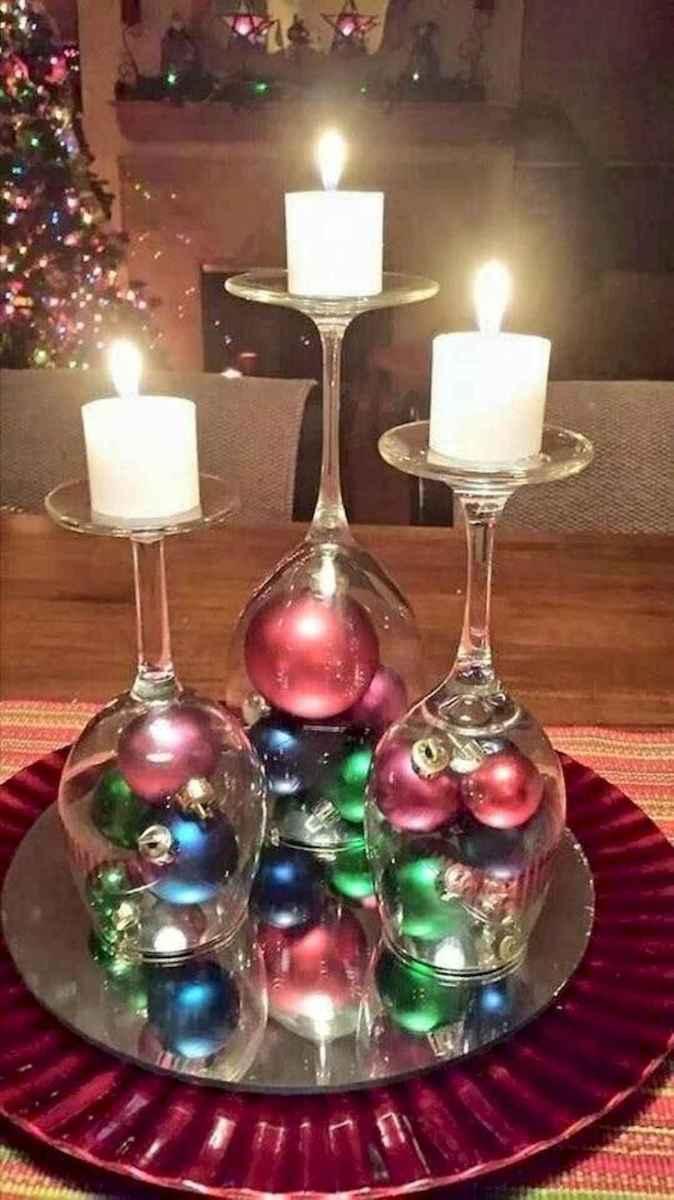 35 Beautiful Christmas Decor Ideas Table Centerpiece (12)