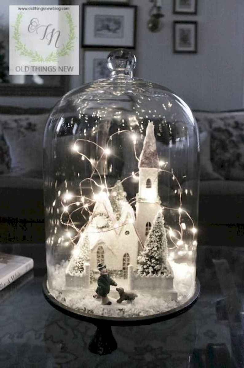 35 Beautiful Christmas Decor Ideas Table Centerpiece (21)