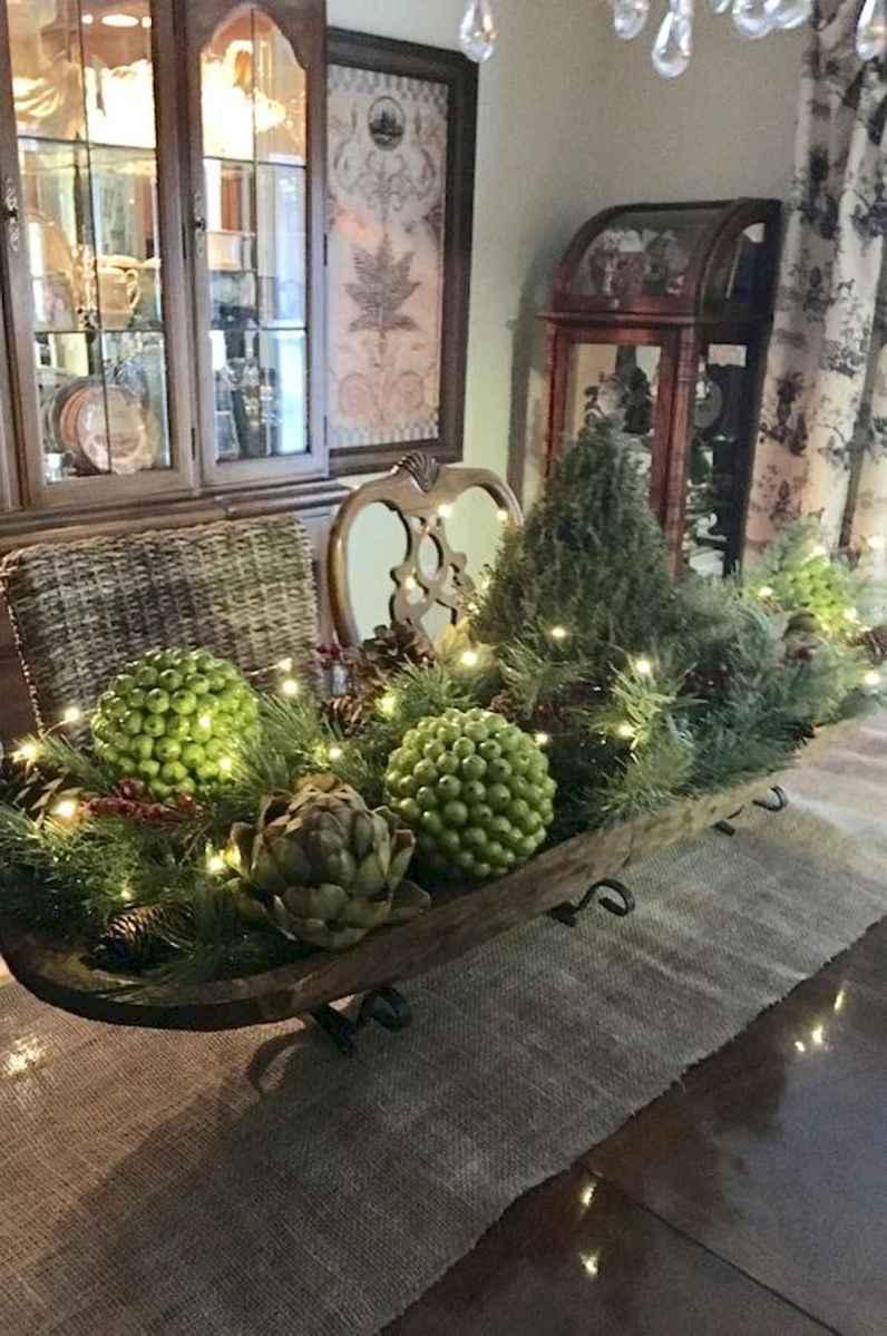 35 Beautiful Christmas Decor Ideas Table Centerpiece (8)