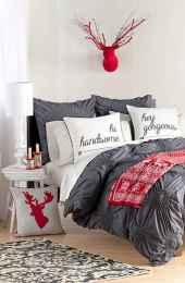 40 Awesome Bedroom Christmas Decor Ideas (27)