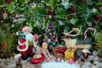 45 Beautiful Christmas Fairy Garden Decor Ideas (1)