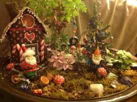 45 Beautiful Christmas Fairy Garden Decor Ideas (10)
