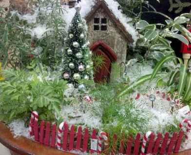45 Beautiful Christmas Fairy Garden Decor Ideas (21)