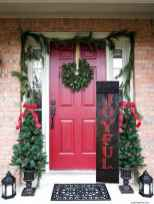 50 Front Porches Farmhouse Christmas Decor Ideas (11)