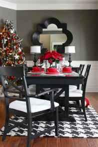 50 Stunning Christmas Table Dining Rooms Decor Ideas (30)