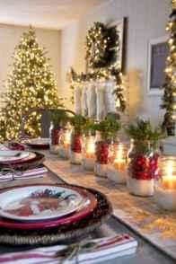 50 Stunning Christmas Table Dining Rooms Decor Ideas (43)
