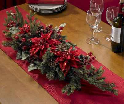 50 Stunning Christmas Table Dining Rooms Decor Ideas (46)