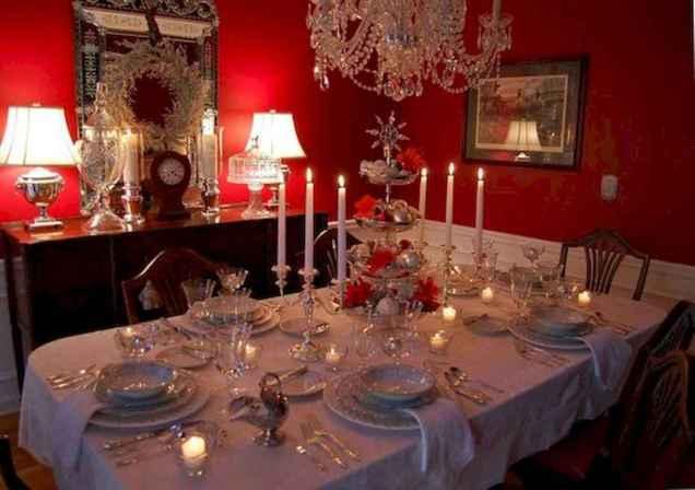 50 Stunning Christmas Table Dining Rooms Decor Ideas (48)