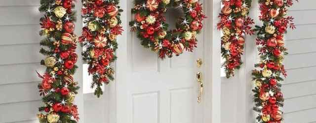 50 Stunning Front Porch Christmas Lights Decor Ideas (36)