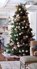 60 Awesome Christmas Tree Decor Ideas (29)