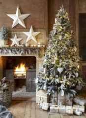 60 Awesome Christmas Tree Decor Ideas (30)