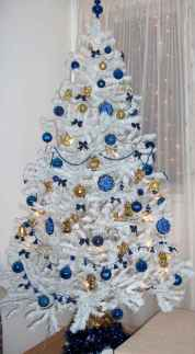 60 Awesome Christmas Tree Decor Ideas (57)