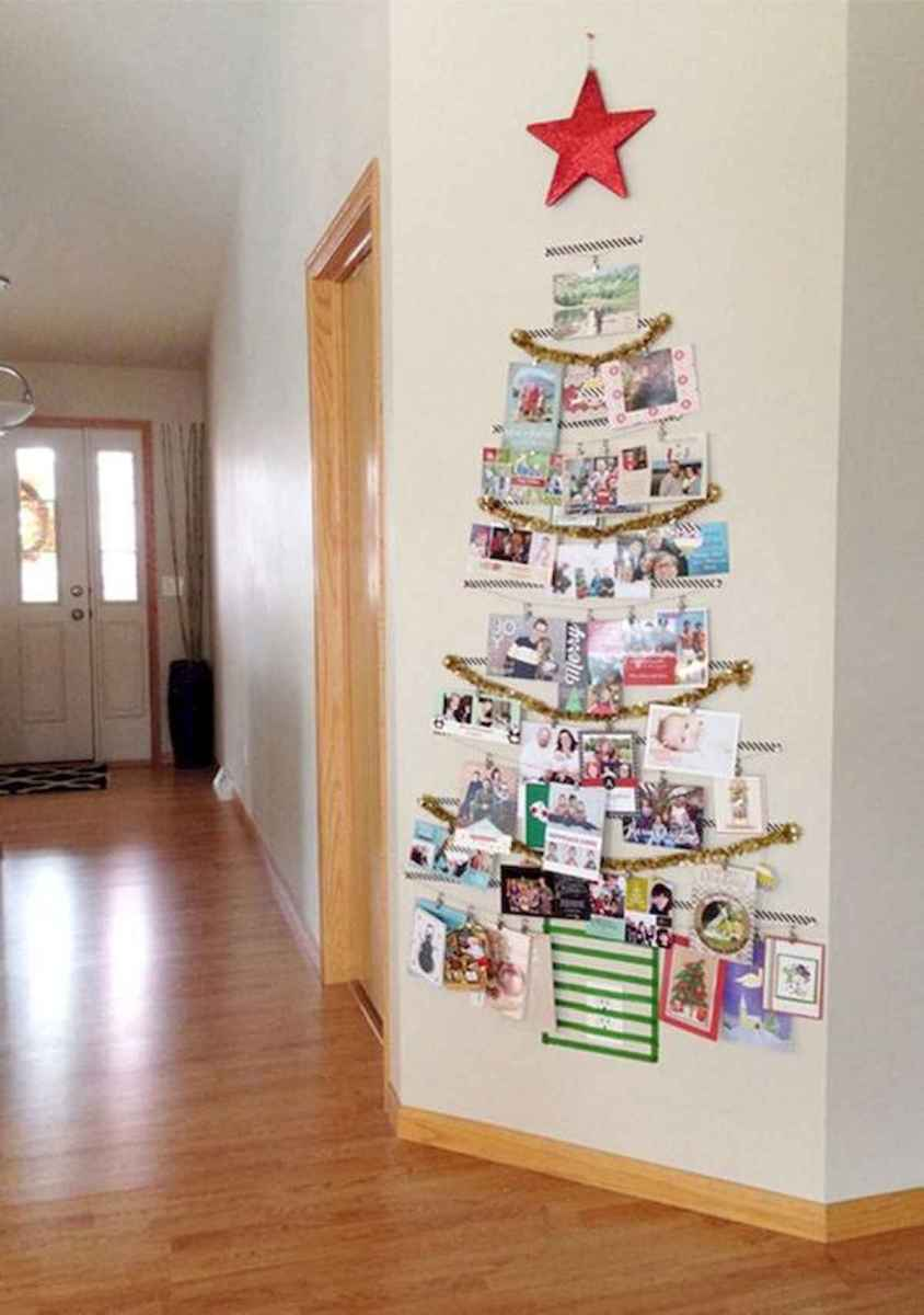 60 Awesome Wall Art Christmas Decor Ideas (9)