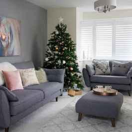 60 Simple Living Room Christmas Decor Ideas (51)