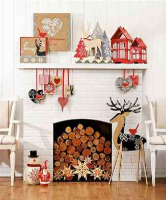 60 Simple Living Room Christmas Decor Ideas (58)