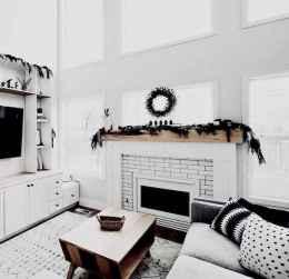 60 Simple Living Room Christmas Decor Ideas (7)
