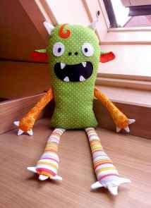 20 Creative Halloween Crafts for Kids of All Ages (3)