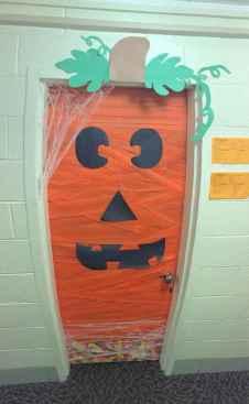 25 Creative Halloween Door Decorations for 2018 (8)